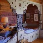 скандинавский интерьер деревянного дома