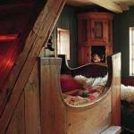 традиционный интерьер загородного деревянного дома