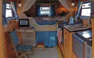 интерьер загородного дома маленькая спальня