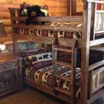 интерьер детской спальни в деревянном загородном доме