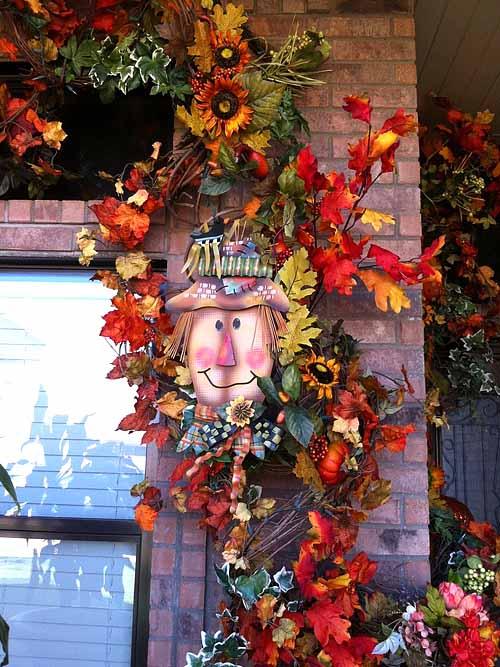 как украсить сад осенью поделками из природных материалов