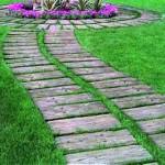 красивый дизайн садовой дорожки из дерева