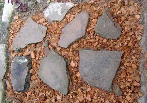 как сделать садовую дорожку из камня