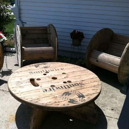 мебель для дачи из деревяных паллет фото