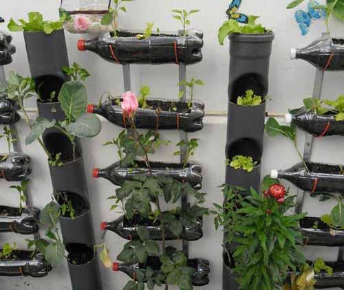 дачные самоделки вертикальный сад из пластиковых бутылок