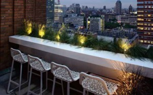 балкон с подоконником-столешницей