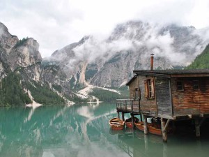 необычные дома на воде