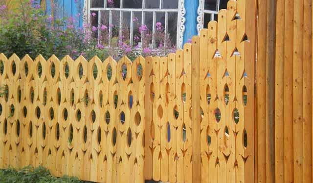 красивый дачный деревянный забор фото