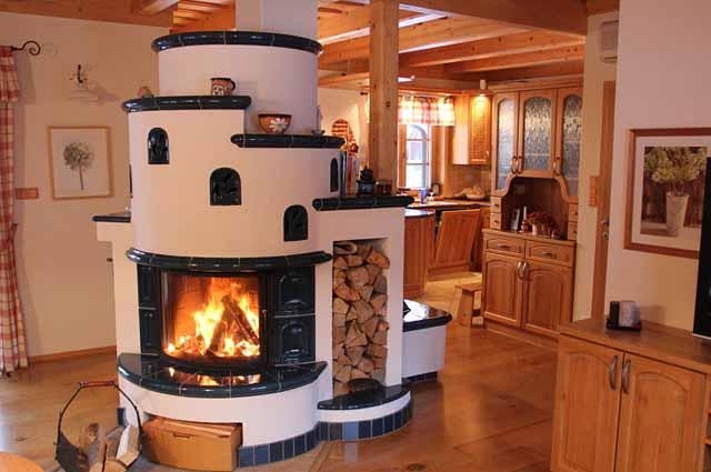печка в загородном доме