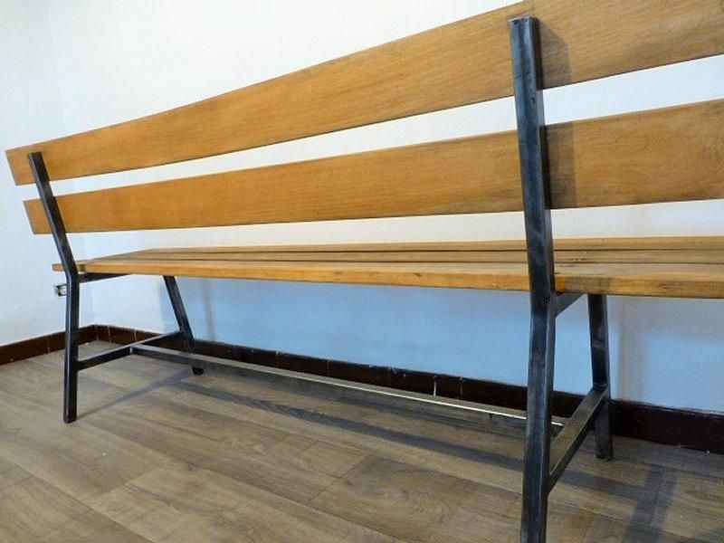 Скамейка своими руками с металлическим основанием фото 7
