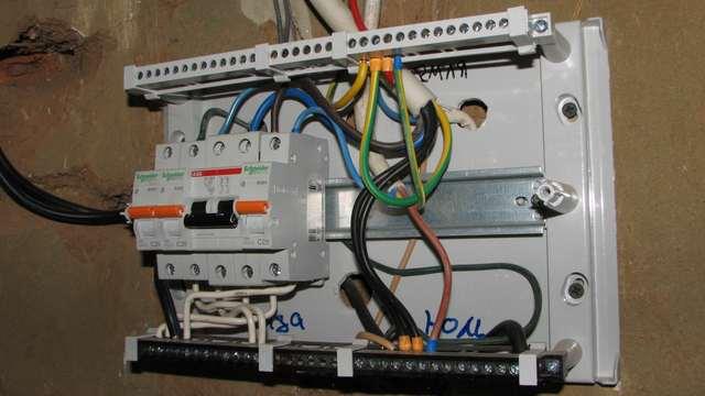 электрическая проводка в гараже