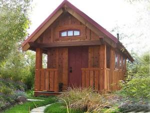 оригинальный дачный домик проект