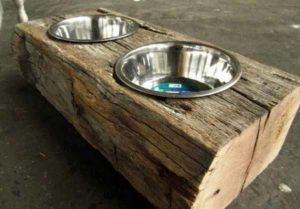 оригинальная подставка для мисок для собак своими руками