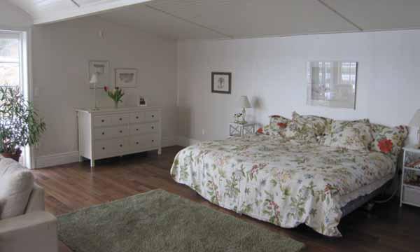 красивая дача фото спальни