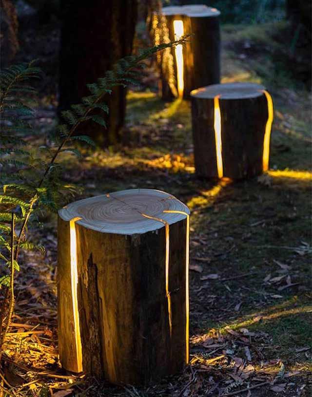 уличный светильник из бревна